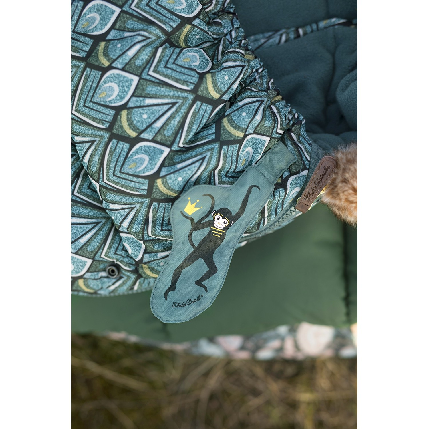 Elodie Details Saco Everest Feathers